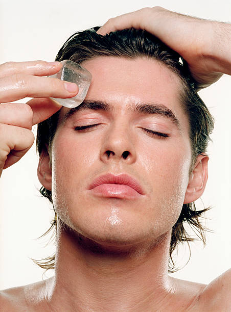 Puffy Eyes in the Morning: Causes and Magic Cures | sab Hindi me